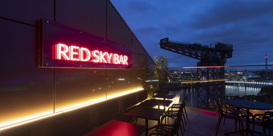Mit Ausblick: Die Red Sky Bar des Radisson Red Glasgow.