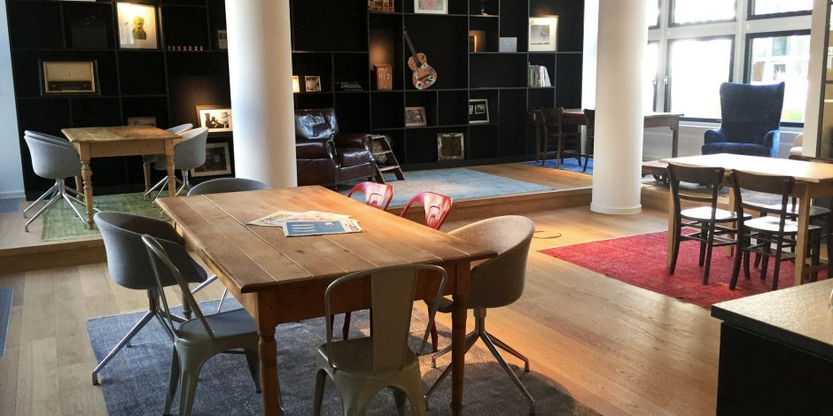 Ruby Works: Blick in die Community Area des Coworking Space