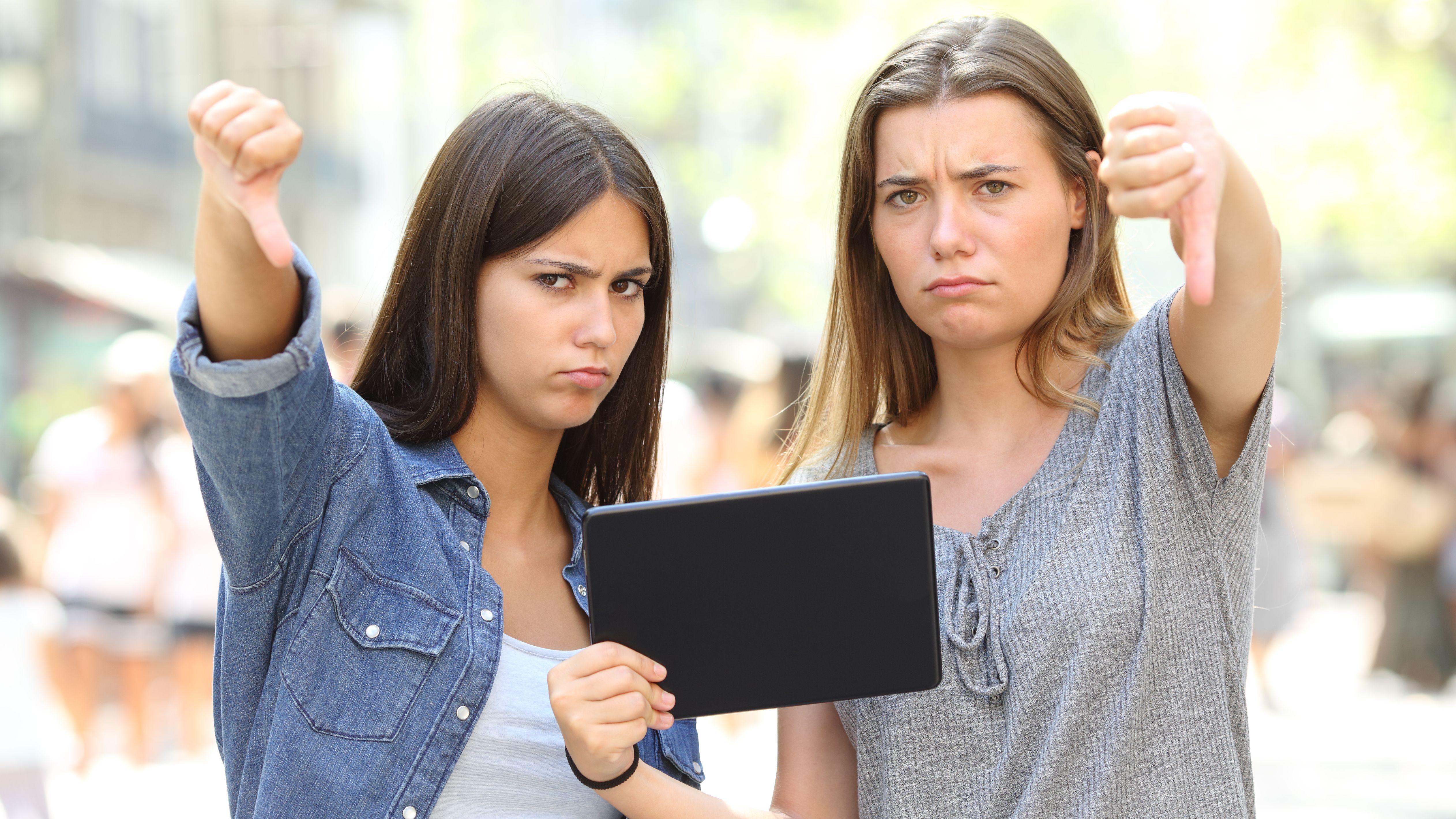 Online-Bewertungen-So-wehrt-man-sich-gegen-negative-Kommentare